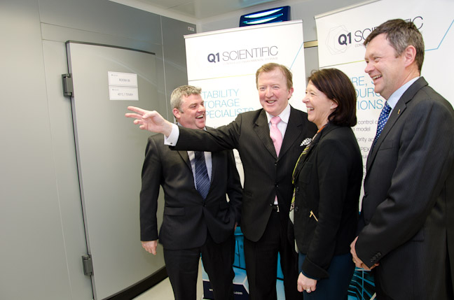 https://mail.q1scientific.ie/wp-content/uploads/2013/04/Opening-3-with-Minister.jpg